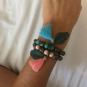 Jewelry - Colorful beaded bracelet set